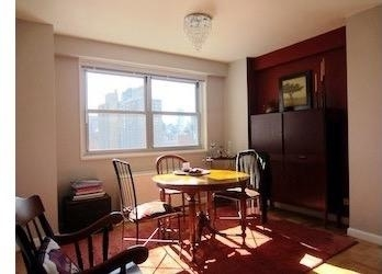 2 Bedrooms, Upper East Side Rental in NYC for $5,695 - Photo 2