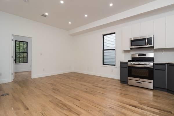 3 Bedrooms, East Flatbush Rental in NYC for $2,790 - Photo 1