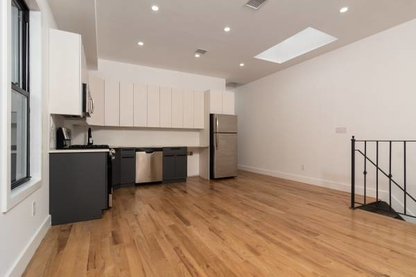 3 Bedrooms, East Flatbush Rental in NYC for $2,790 - Photo 2