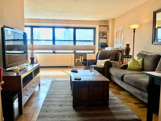 Studio, Lincoln Square Rental in NYC for $2,995 - Photo 1
