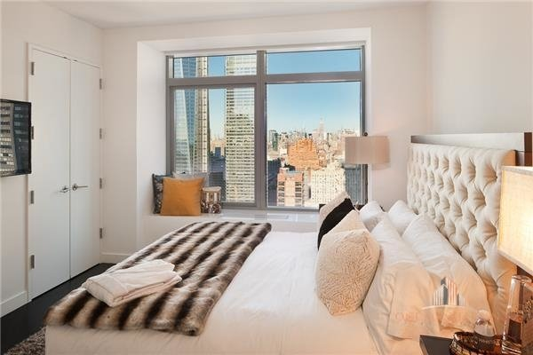 2 Bedrooms, Financial District Rental in NYC for $10,000 - Photo 2