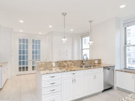 3 Bedrooms, Yorkville Rental in NYC for $12,750 - Photo 1