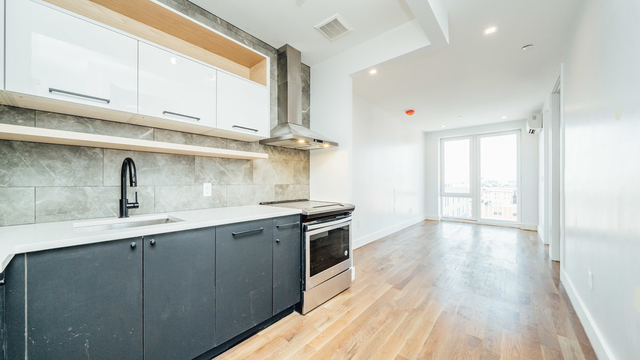 3 Bedrooms, Crown Heights Rental in NYC for $3,499 - Photo 1