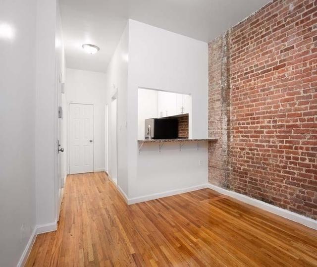 Studio, Yorkville Rental in NYC for $2,450 - Photo 2