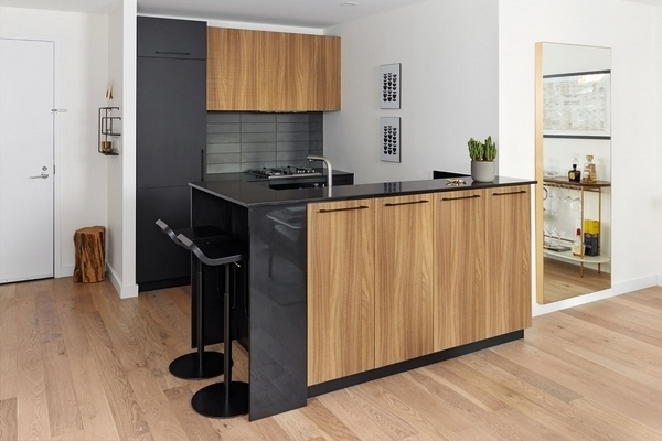 2 Bedrooms, Hell's Kitchen Rental in NYC for $7,404 - Photo 1