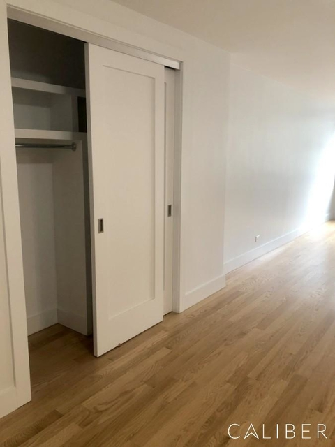 1 Bedroom, Hell's Kitchen Rental in NYC for $4,125 - Photo 2