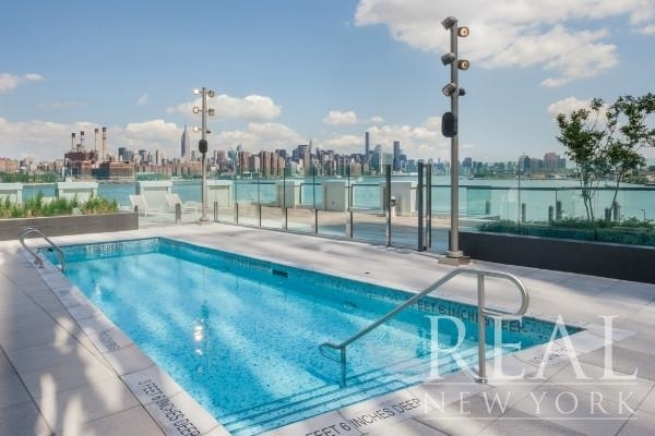 3 Bedrooms, Williamsburg Rental in NYC for $8,520 - Photo 2