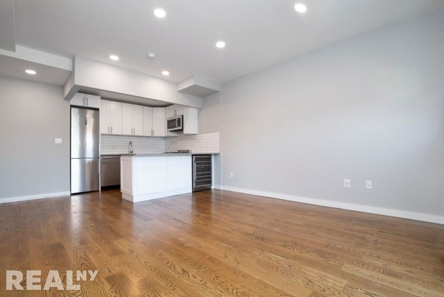 1 Bedroom, Lower East Side Rental in NYC for $4,395 - Photo 2