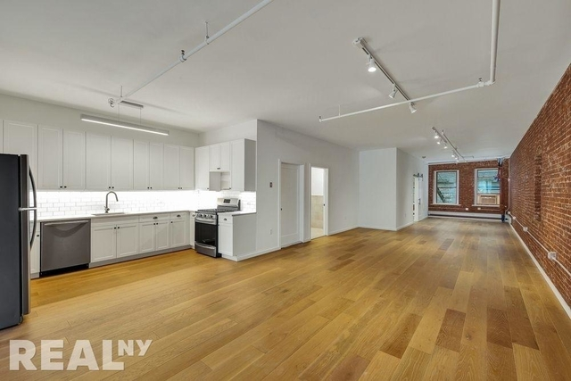 4 Bedrooms, Chinatown Rental in NYC for $8,245 - Photo 2