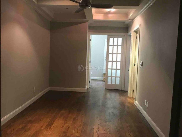 4 Bedrooms, Hell's Kitchen Rental in NYC for $6,795 - Photo 2