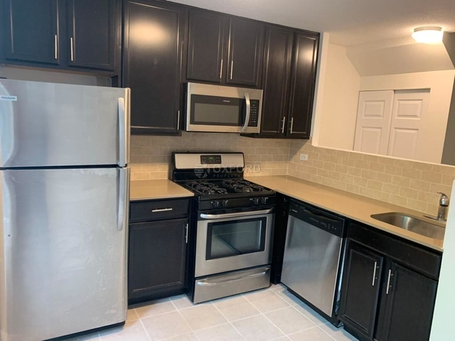 2 Bedrooms, Roosevelt Island Rental in NYC for $3,495 - Photo 1