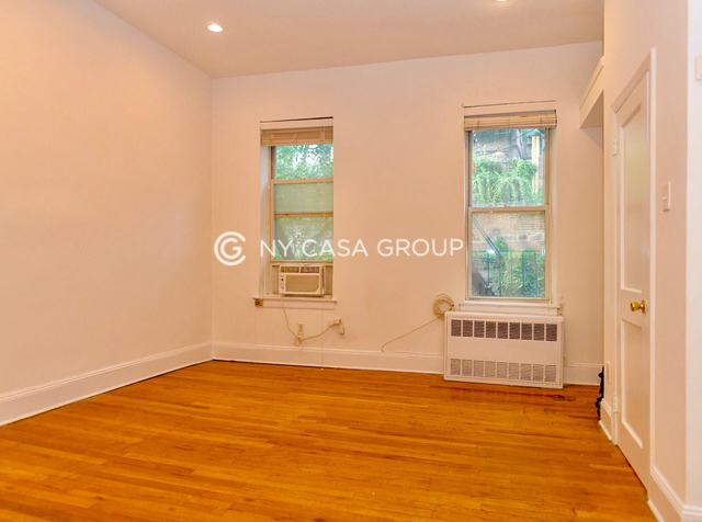 Studio, Civic Center Rental in NYC for $2,000 - Photo 2