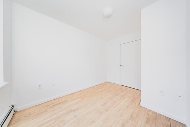 2 Bedrooms, Alphabet City Rental in NYC for $4,735 - Photo 2