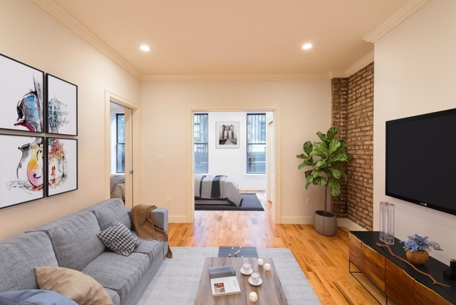 3 Bedrooms, Hell's Kitchen Rental in NYC for $5,080 - Photo 1