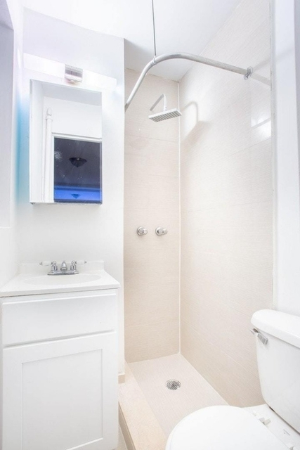 1 Bedroom, Upper East Side Rental in NYC for $2,245 - Photo 2