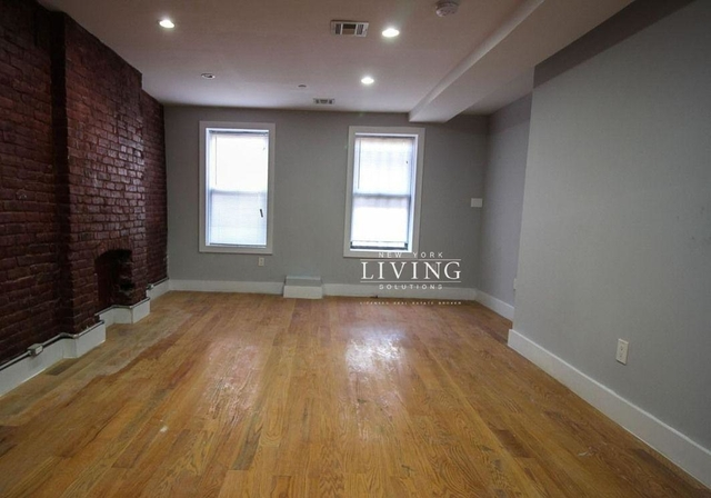 3 Bedrooms, Ocean Hill Rental in NYC for $3,099 - Photo 2