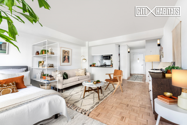 Studio, Yorkville Rental in NYC for $3,231 - Photo 1