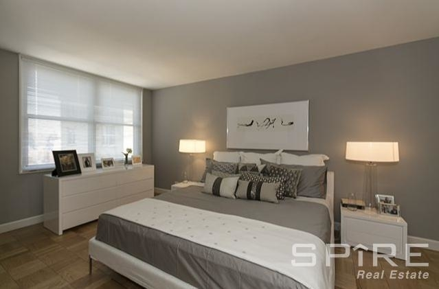 3 Bedrooms, Sutton Place Rental in NYC for $7,500 - Photo 2