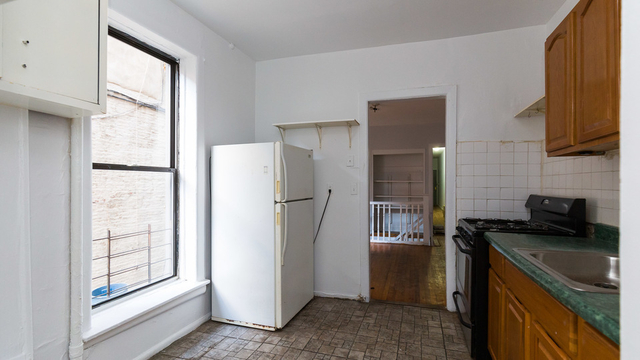 3 Bedrooms, Crown Heights Rental in NYC for $3,399 - Photo 1