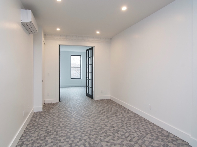 Room, Prospect Heights Rental in NYC for $1,350 - Photo 2