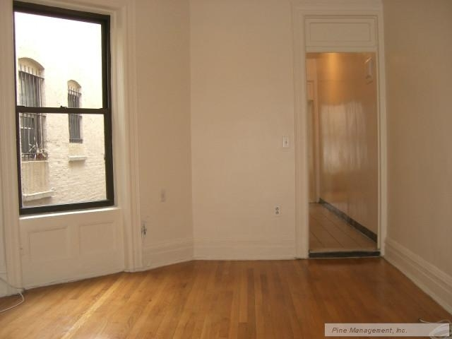 2 Bedrooms, Upper West Side Rental in NYC for $3,475 - Photo 1