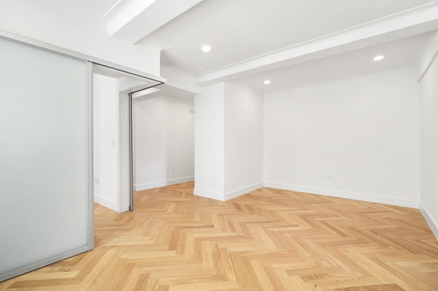 2 Bedrooms, Gramercy Park Rental in NYC for $5,350 - Photo 2