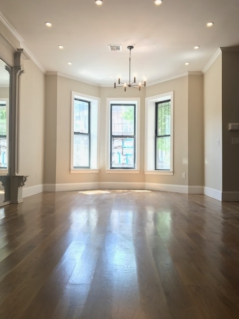 4 Bedrooms, Crown Heights Rental in NYC for $8,500 - Photo 1