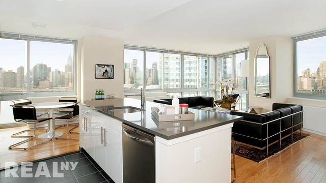 2 Bedrooms, Hunters Point Rental in NYC for $6,013 - Photo 1