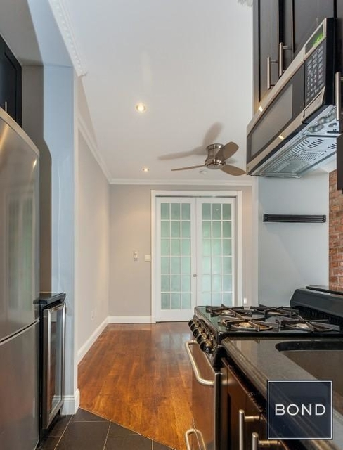 3 Bedrooms, Lower East Side Rental in NYC for $5,890 - Photo 2