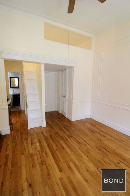 Studio, Chelsea Rental in NYC for $2,600 - Photo 2