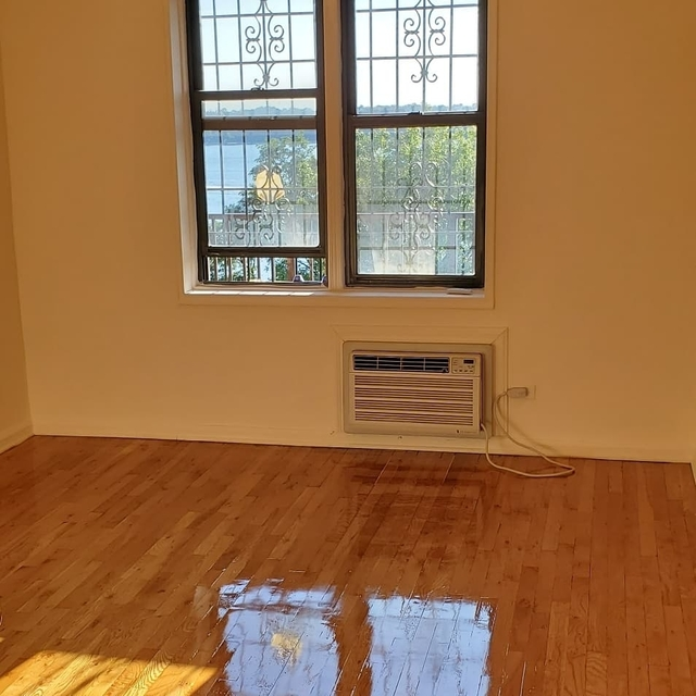 2 Bedrooms, Bay Ridge Rental in NYC for $3,000 - Photo 2