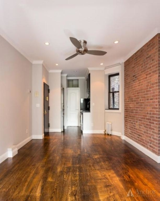 4 Bedrooms, Hell's Kitchen Rental in NYC for $6,795 - Photo 1