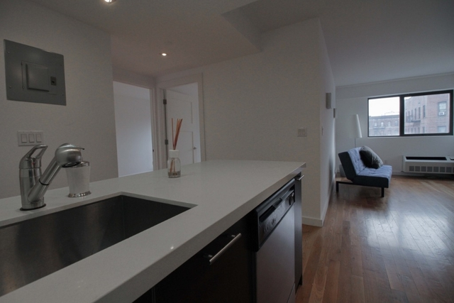 2 Bedrooms, Flatbush Rental in NYC for $2,730 - Photo 2