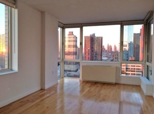 2 Bedrooms, Garment District Rental in NYC for $5,290 - Photo 1