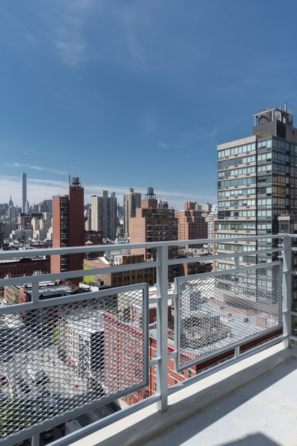2 Bedrooms, Yorkville Rental in NYC for $7,400 - Photo 2