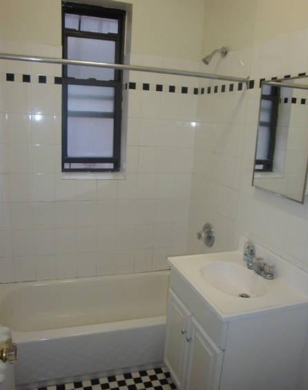 2 Bedrooms, Astoria Rental in NYC for $2,920 - Photo 1