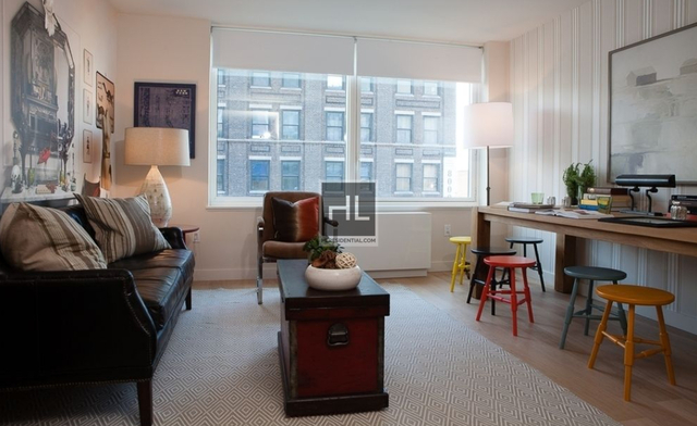 2 Bedrooms, Hell's Kitchen Rental in NYC for $6,382 - Photo 2