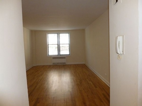 1 Bedroom, Forest Hills Rental in NYC for $1,971 - Photo 1
