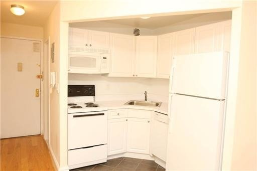 Studio, Murray Hill Rental in NYC for $2,613 - Photo 2