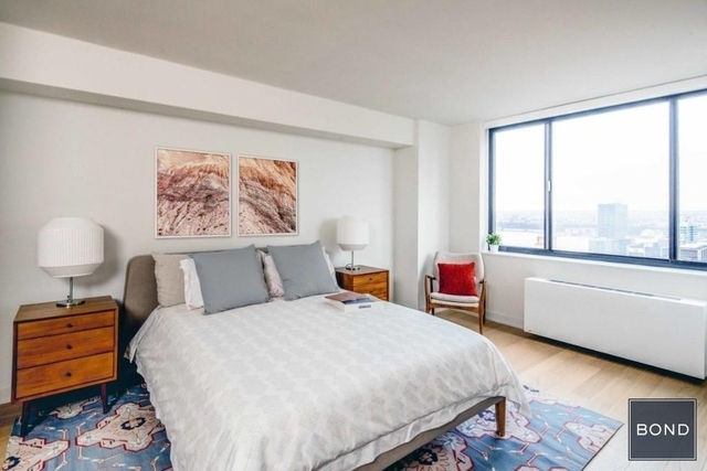 2 Bedrooms, Hell's Kitchen Rental in NYC for $8,295 - Photo 2