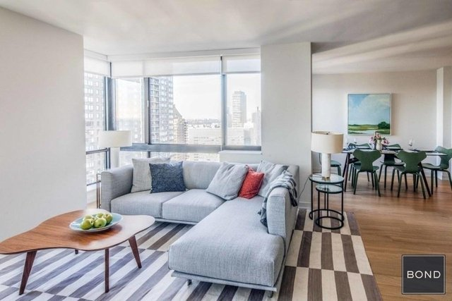 2 Bedrooms, Hell's Kitchen Rental in NYC for $8,295 - Photo 1