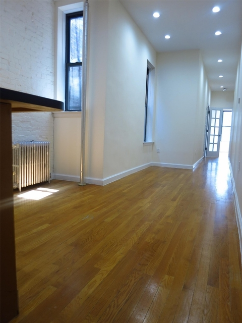 2 Bedrooms, Yorkville Rental in NYC for $3,595 - Photo 1