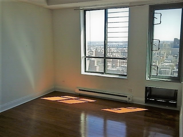 3 Bedrooms, East Harlem Rental in NYC for $3,550 - Photo 2