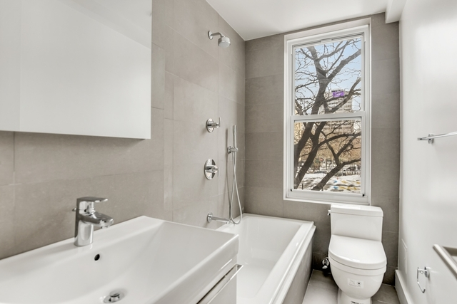 Studio, Gramercy Park Rental in NYC for $3,655 - Photo 2