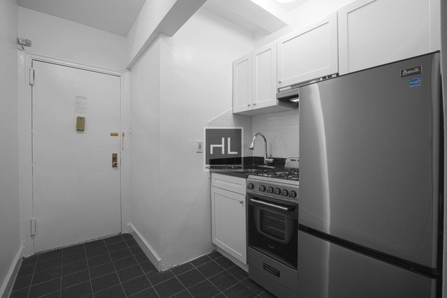 Studio, Upper West Side Rental in NYC for $2,851 - Photo 2