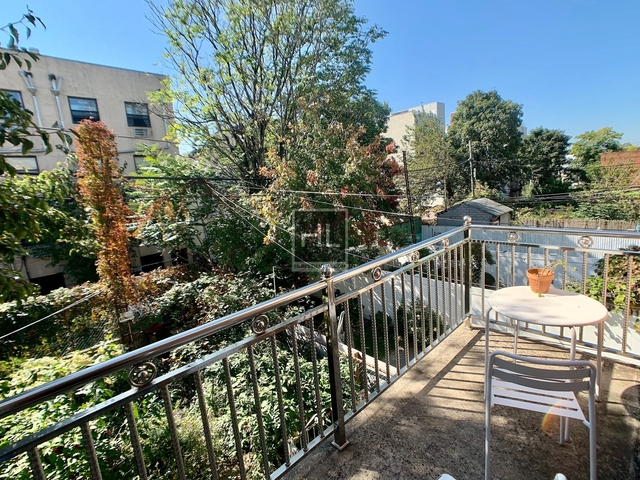 2 Bedrooms, Greenwood Heights Rental in NYC for $2,650 - Photo 2
