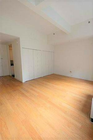 2 Bedrooms, Tribeca Rental in NYC for $6,790 - Photo 2