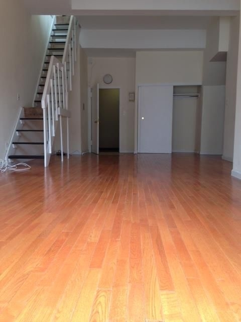 2 Bedrooms, Gramercy Park Rental in NYC for $6,159 - Photo 2