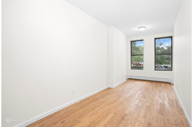 2 Bedrooms, South Slope Rental in NYC for $3,000 - Photo 2