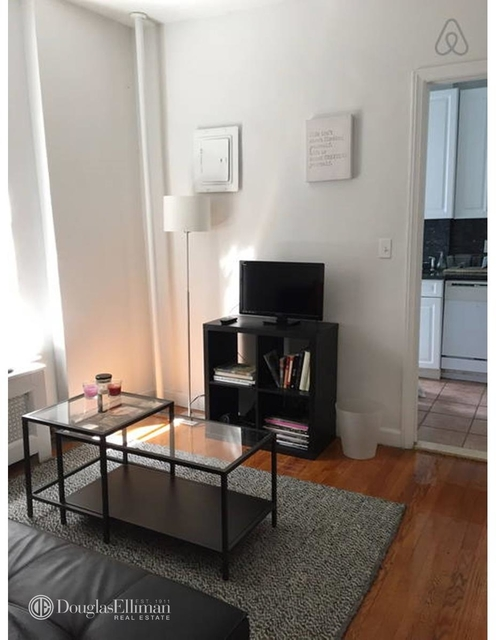 1 Bedroom, West Village Rental in NYC for $3,025 - Photo 2